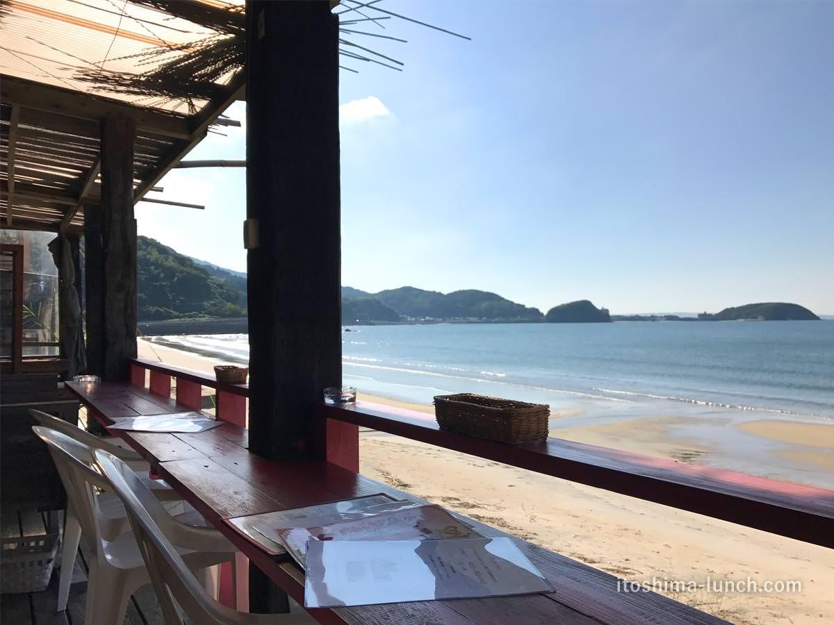 写真:福岡糸島 ドゥワンチャン テラス席