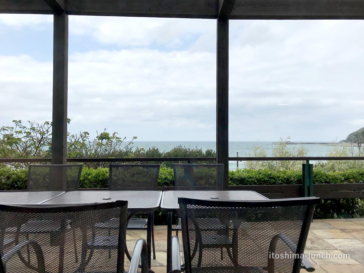 写真:福岡糸島 御飯屋おはな 店内からの景色
