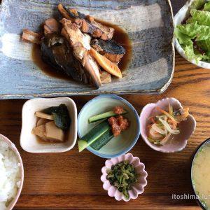 「御飯屋おはな」糸島の海を見ながらの和定食。味も雰囲気も絶品!