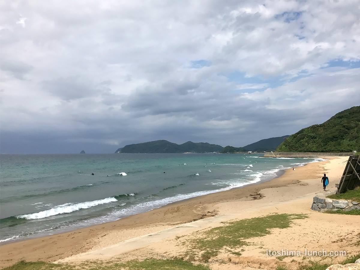 写真:福岡糸島 Bistro&Cafe TIME から見える大口海岸